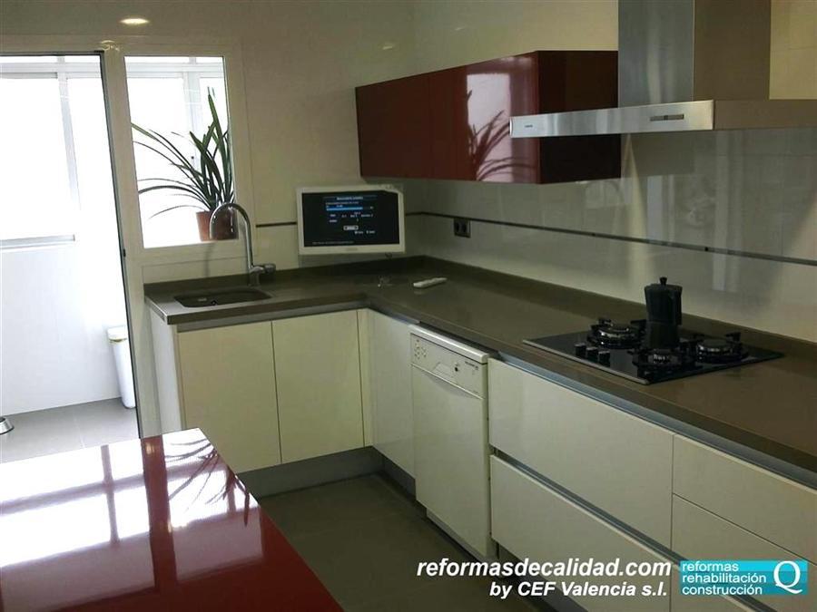 Galería 3 de fotos de cocinas de diseño y modernas en Valencia