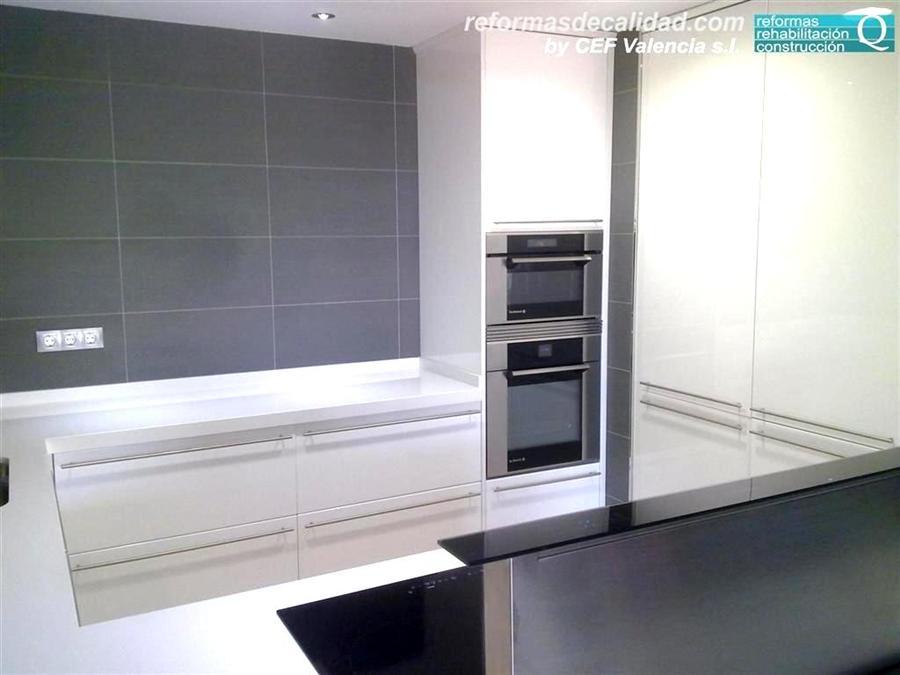 Galer a 3 de fotos de cocinas de dise o y modernas en valencia - Cocinas modernas valencia ...