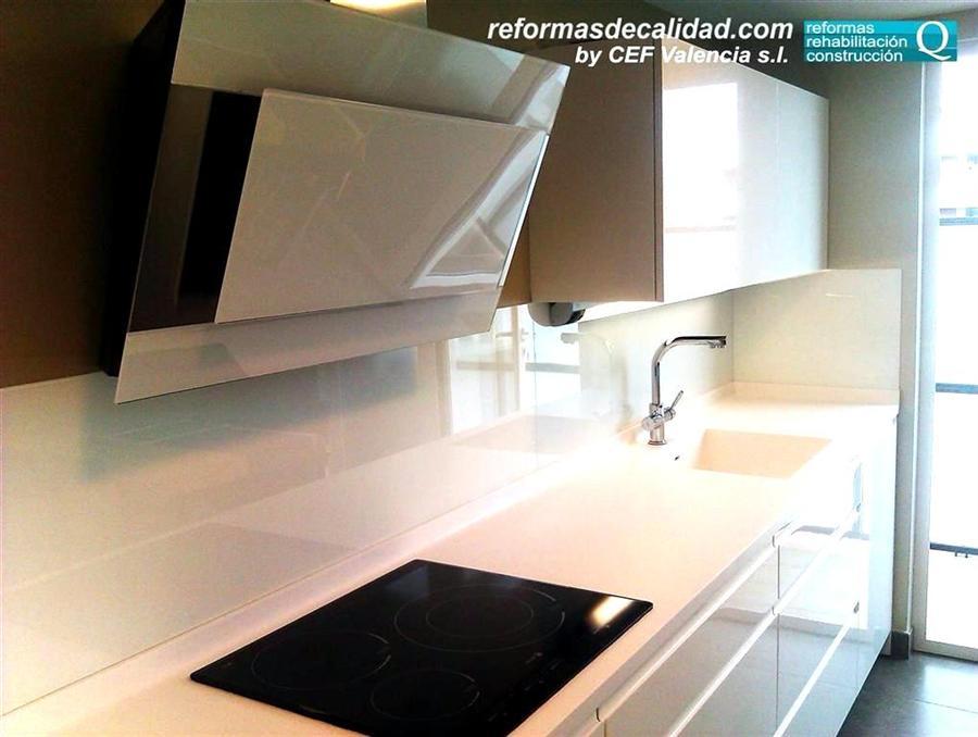 Colección fotos de cocinas blancas reformadas integralmente en Valencia