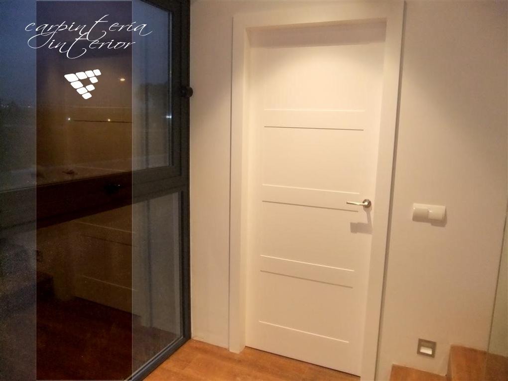 Fotos de estancias interiores y otros elementos de for Puertas interior valencia