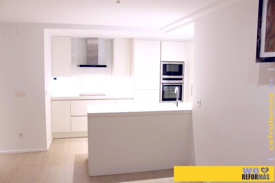 Galer a de fotos de cocinas blancas en valencia - Cocinas en valencia ...