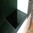 Detalle encimera de inducción en reforma de cocina realizada en valencia
