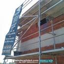 Montajes de andamios en fachadas para ejecución de monocapa exteriores