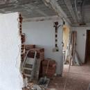 foto1349 Ejecución-Demoliciones / Tabique futura puerta plegada