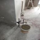 foto1370 Ejecución-Fontanería / zona de península en cocina con tomas de aguas y desagües