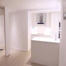 foto1439 Cocina-Final / Vista de cocina desde pared de comedor hacia pasillo