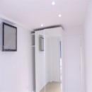 foto1483 Habitación principal-Finales / Vista de iluminación, aire y armario en habitación princpal