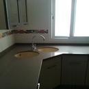 foto2045 Cocina-Bancada / Detalle 2 fregaderos circulares en esquina cocina
