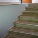 foto2087 Escalera-Mármol / Escalera hacia primer nivel vivienda